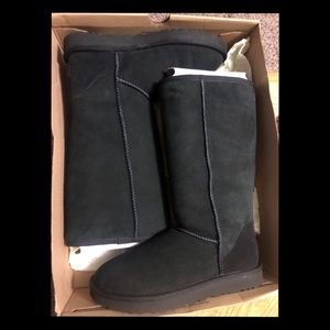 Classic tall black UGG boots